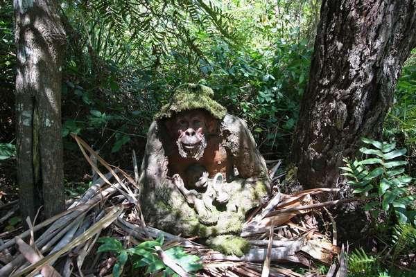 деревянные фигуры животных