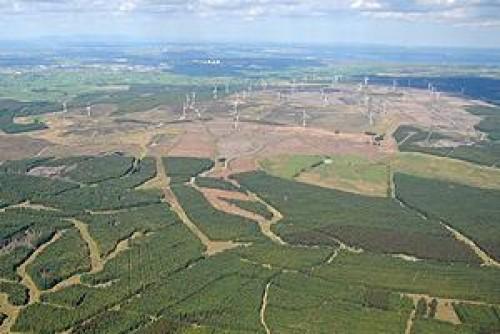 Шотландия. Ветряная ферма с 140 турбинами