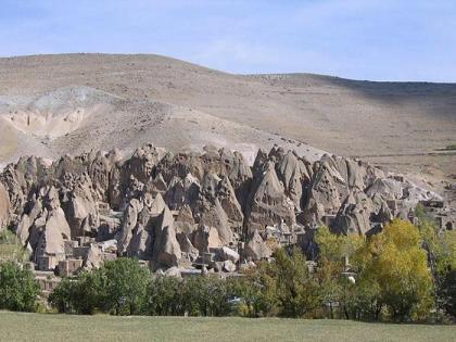 Каменная деревня