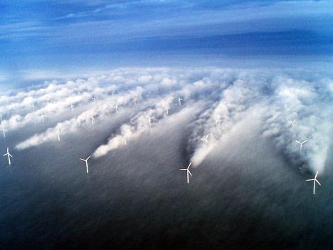 ветряная ферма в океане